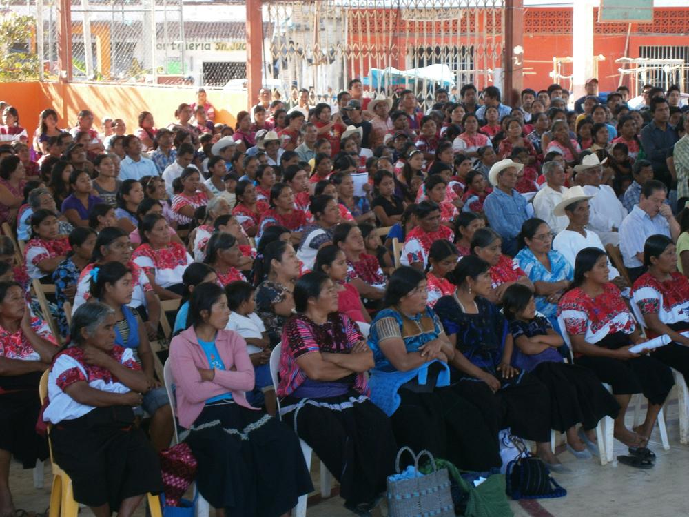 Testimonios de la asamblea del Bosque, por la libertad de Alberto Patishtán