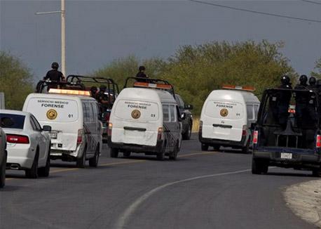 OSC se oponen a que se envíen a la fosa común 49 cuerpos encontrados en Cadereyta en mayo de 2012