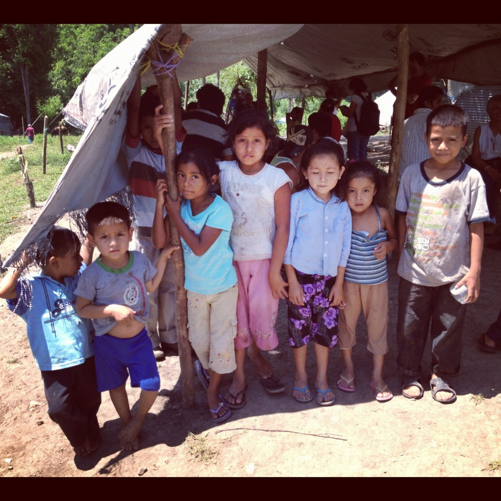 Violaciones a los DH que sufre la comunidad desplazada de Nueva Esperanza entre México y Guatemala