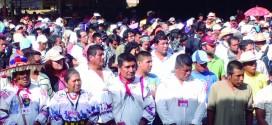 """""""Se hicieron grandes nuestras miradas y llegamos de acuerdo que tenemos que unirnos de la ciudad y del campo"""", EZLN."""