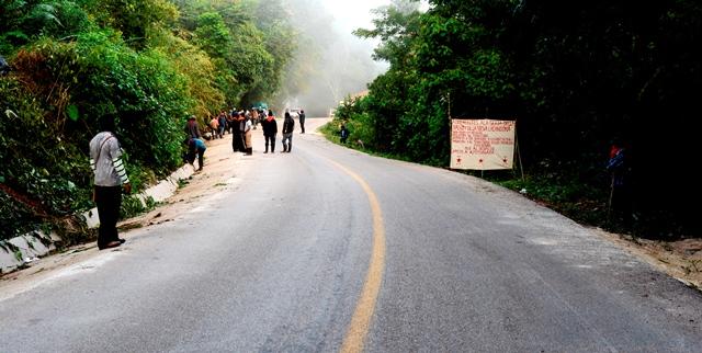 Indígenas tzeltales denuncian violento operativo policiaco en las Cascadas de Agua azul