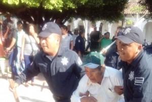 elecciones_Chiapas-elecciones_2015-detenidos_Ocosingo_MILIMA20150607_0200_8