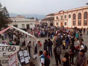 Chiapas: Planton por l@s pres@s de la Sexta, y Boletin de prensa de familiares de Alejandro Diaz Santiz