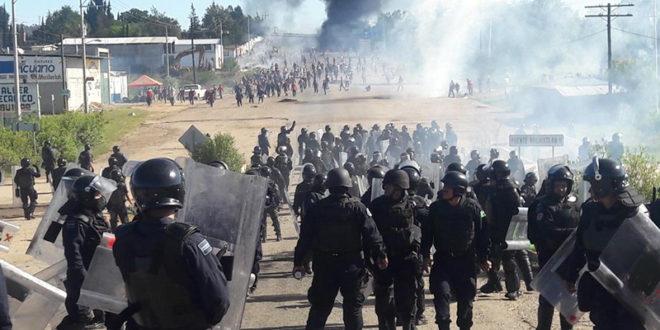 A Atenco y Ayotzinapa, ahora Peña Nieto suma Nochixtlán Oaxaca. CNTE denuncia asesinatos y violaciones a DDHH.