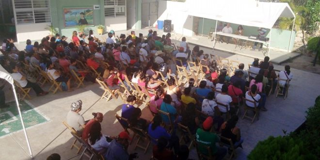 Chiapas: Evidencian campaña de difamación del gobierno vs la CNTE. Padres de familia ratifican su apoyo al movimiento magisterial.