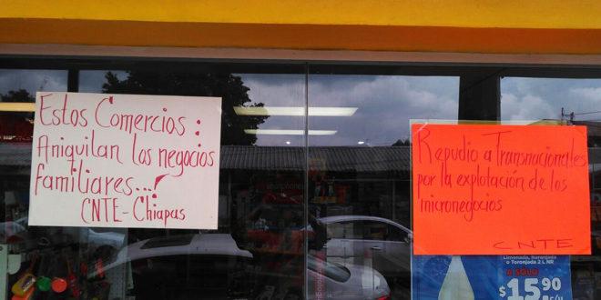 """Tuxtla: CNTE toma tiendas de conveniencia del grupo empresarial """"Mexicanos Primero"""""""