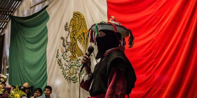 EZLN: LOS MUROS ARRIBA, LAS GRIETAS ABAJO (Y A LA IZQUIERDA).