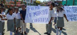 """Michoacán; Comunidades proponen seguridad pública a través de la """"autogestión"""" y rechazan """"Ley de Seguridad Interior"""""""