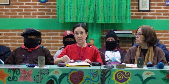 """México: """"La propuesta del CNI no divide, exhibe a la clase política"""", seminario Los muros del capital"""