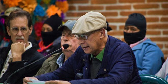 """""""Hacer retemblar en su centro la tierra, no tenemos otra opción"""", seminario Los muros del capital,  las grietas de la izquierda"""