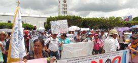 Zoques marchan contra la explotación de hidrocarburos en Chiapas.