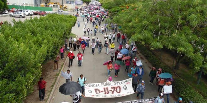 """AED-CNTE Chiapas: """"firmes y en alerta, para defender la educación pública y los derechos laborales"""""""