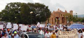 """""""Vamos a rescatar a nuestros hermanos detenidos"""", Chiapa de Corzo, Chiapas"""