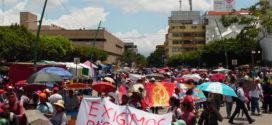 Chiapas: Maestros regresan a trabajar bajo protesta, ante el incumplimiento de pagos por parte del gobierno estatal
