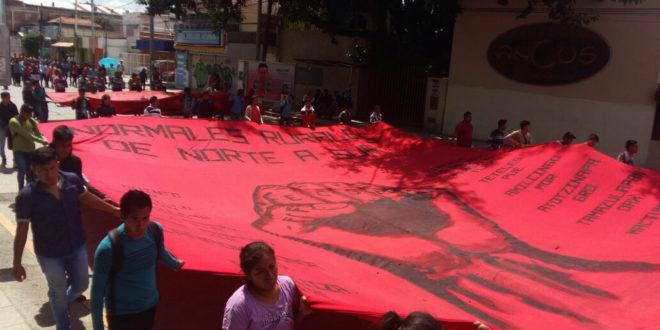 """Chiapas: """"Mactumactzá ha resurgido de sus cenizas y seguirá con paso firme"""", normalistas de Mactumactzá"""