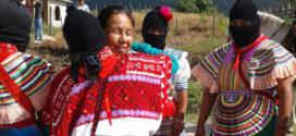 """""""Unirnos entre indígenas y sociedad civil de la ciudad, que también están sufriendo"""", Marichuy, candidata indígena a la presidencia de Mèxico."""