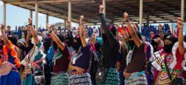 """""""ACORDEMOS SEGUIR VIVAS Y SEGUIR LUCHANDO"""", mujeres zapatistas en encuentro internacional en Chiapas"""