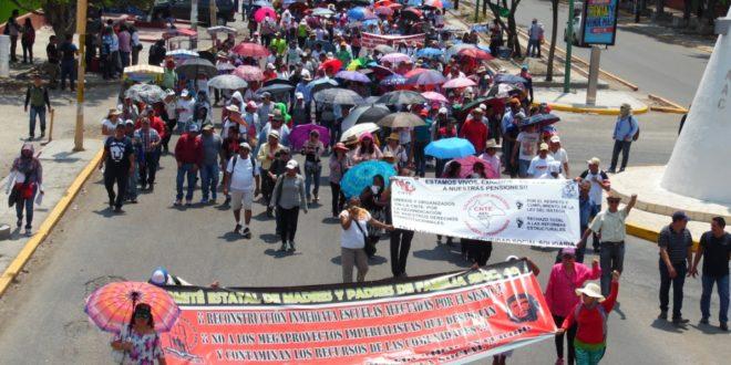 AED CNTE Chiapas, convoca a megamarcha para el 1 de mayo, junto con el NEI, CCL7 y SUTUNICH
