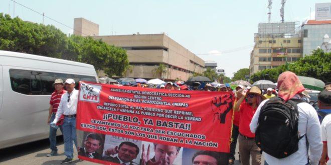 """""""Foro de Consulta Estatal Participativa"""", plataforma del """"charrismo sindical"""", denuncia AED-CNTE Chiapas"""