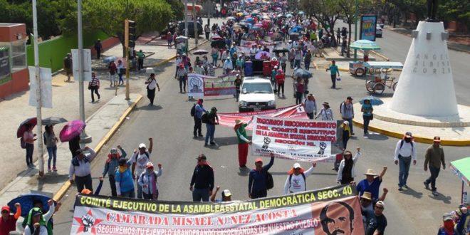 """""""No permitiremos que la represión siga siendo la respuesta del nefasto gobierno"""", AED CNTE Chiapas"""