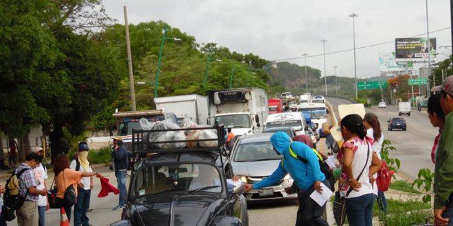 """Chiapas: Magisterio movilizado exige una atención """"seria y responsable"""" a sus demandas"""