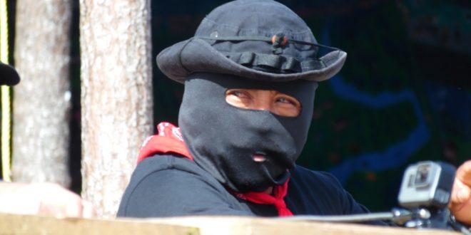 """EZLN: """"¿A poco es cuarta transformación cuando familias son balaceadas"""""""