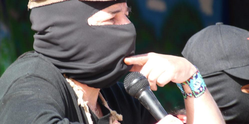 "EZLN: ""La historia de las preguntas"""