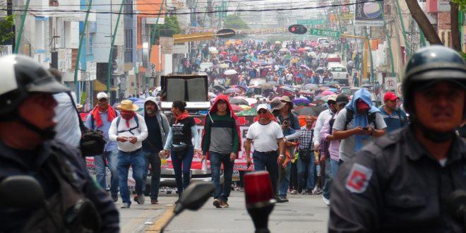 """AED-CNTE Chiapas: 4T, """"en consonancia con lo dictado por los organismos financieros internacionales"""""""