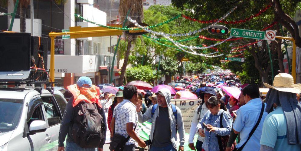Amaga AED_CNTE Chiapas, con paro de labores hasta lograr la solución a sus demandas