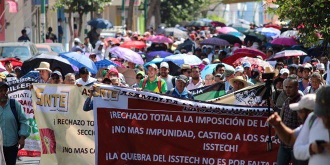 Chiapas: con reformas al Isstech, «se preparan las condiciones para privatizar los servicios de seguridad social», AED_CNTE